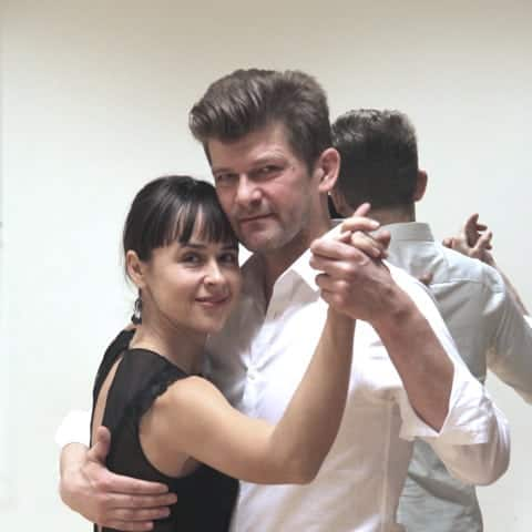 Ekaterina og Kim Tangoundervisere hols Tangoteket, embrace