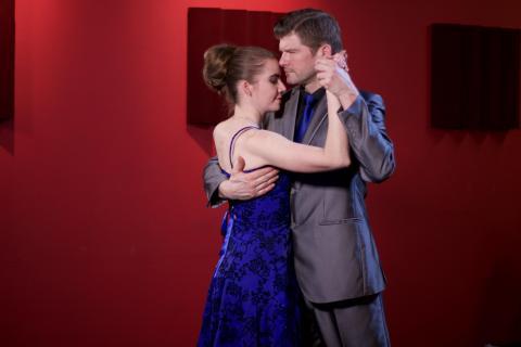 Tangoundervisere Marie Domange og Kim Matzen i tætstil